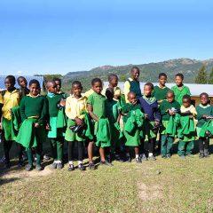 Distribution des uniformes scolaires à l'école St Paul, Swaziland – 2017